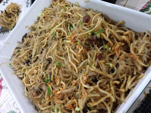 Bam-i, a noodle dish from Cebu