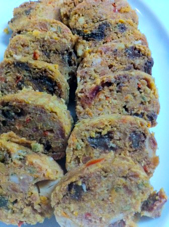 Embutido Recipe (Filipino Style Meatloaf)