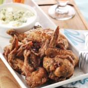 Chicken Buffalo wings with blue cheese dip