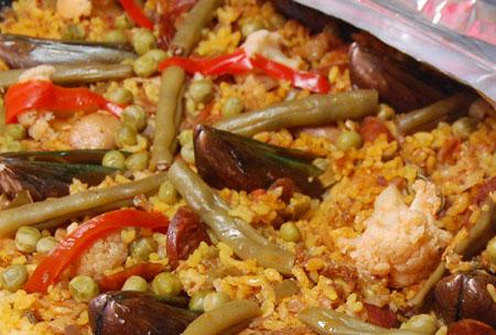 Paella a la valenciana pinoy food recipes paella a la valenciana forumfinder Choice Image