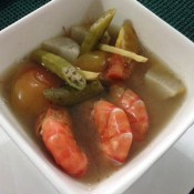 Sinigang na Hipon using Tiger's TaCook smart rice cooker