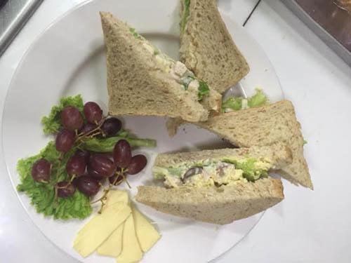 sandwich using eden cheese